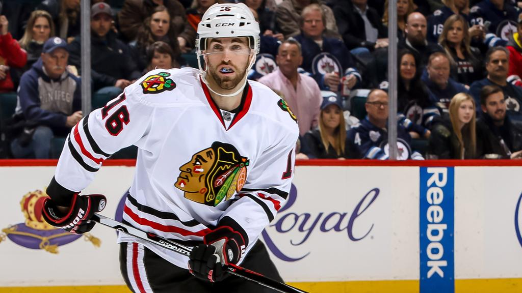 Andrew Ladd agrees to contract with Islanders