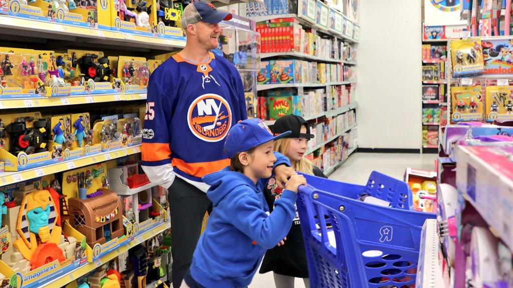 Kids Star at Isles Toy Shopping
