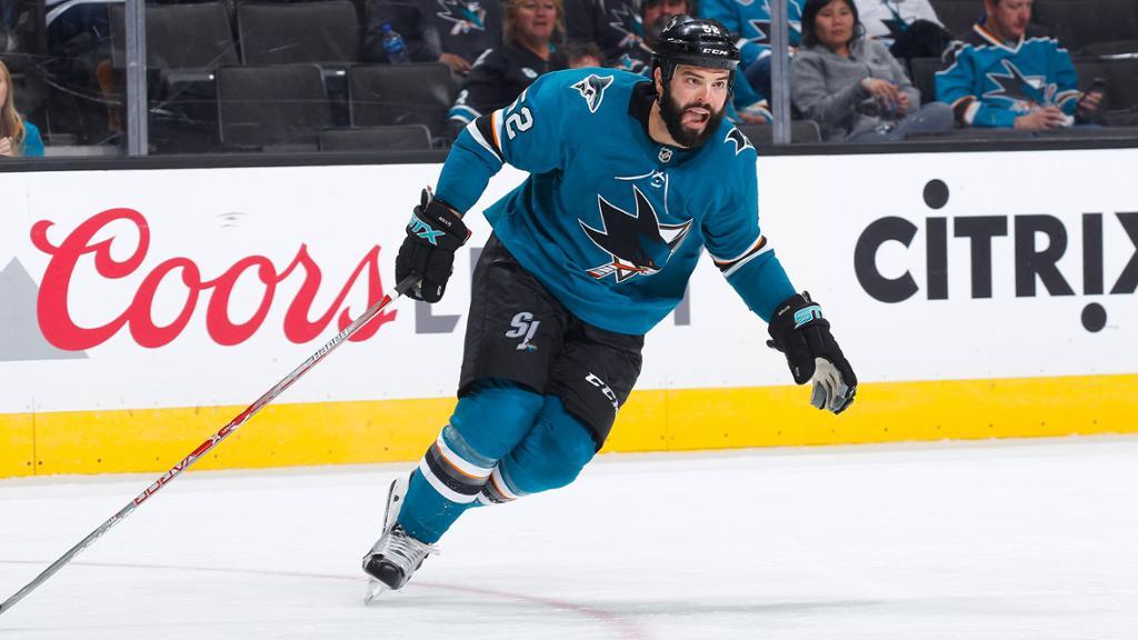 Predators Acquire Bollig Grosenick From Sharks