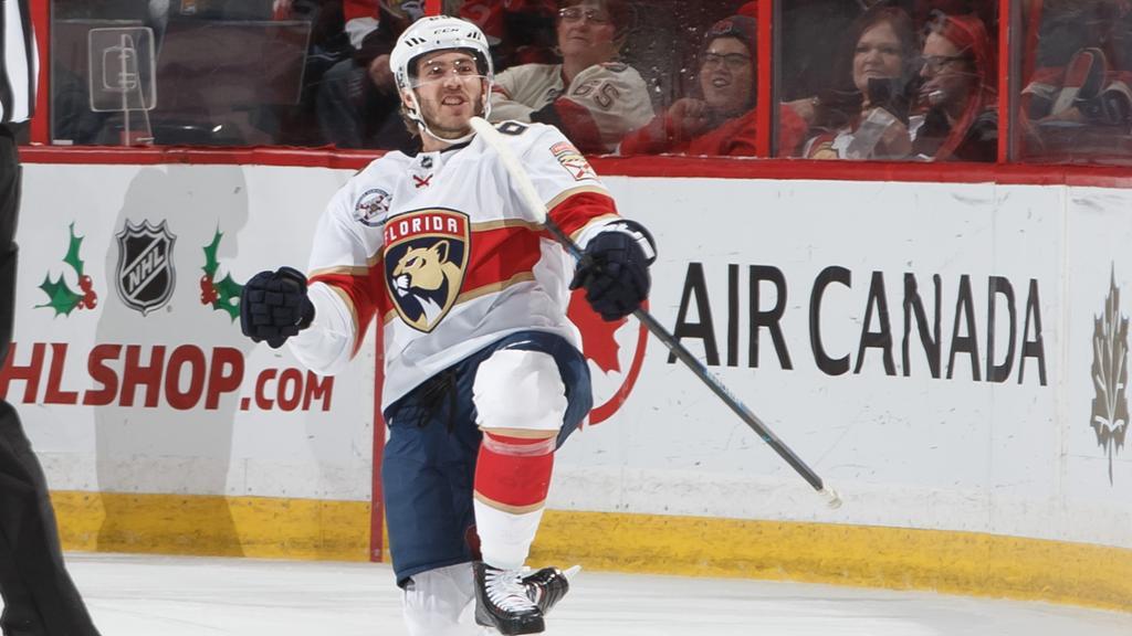 Hoffman extends point streak in Panthers win against Senators
