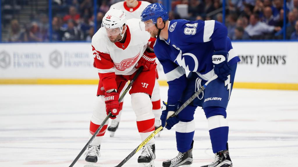 How To Watch Listen Live Stream Lightning Vs Red Wings