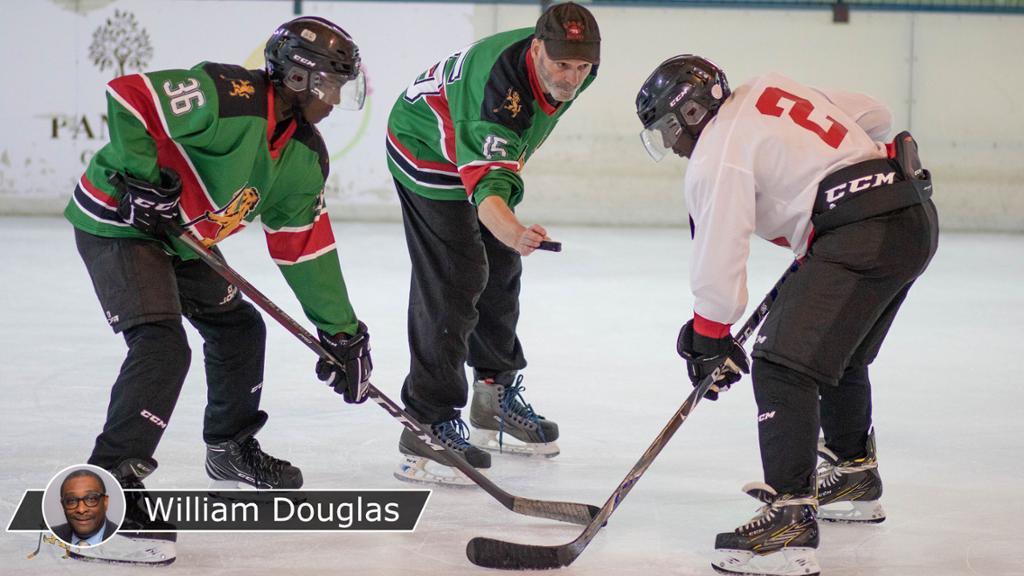Sport Ice Hockey Hockey World Champ Winter Sports Adult /& Kids T-Shirt