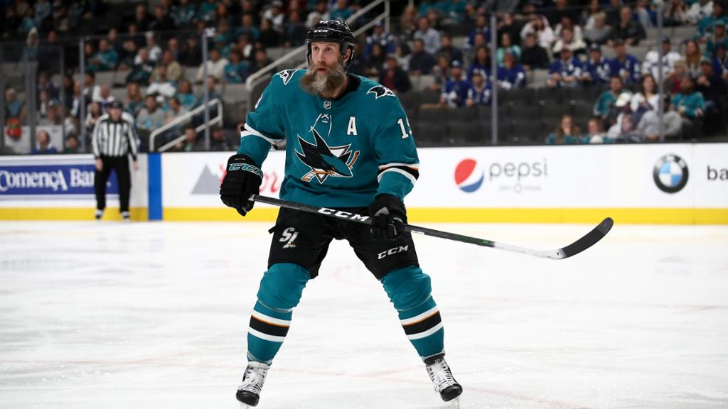 Thornton signs with Maple Leafs