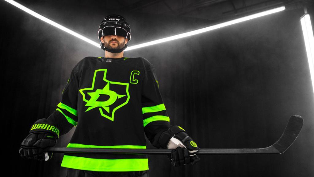 Stars unveil black and neon alternate jersey