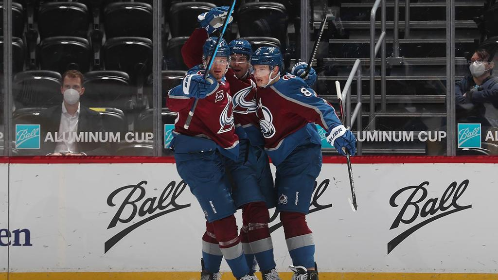 Avalanche score nine in win against Coyotes