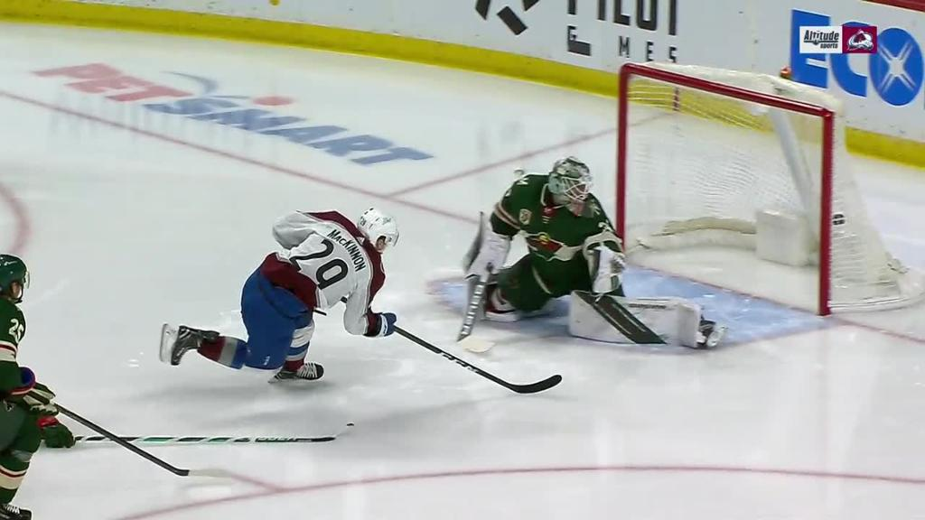 Avalanche defeat Wild, extend point streak to 15 games