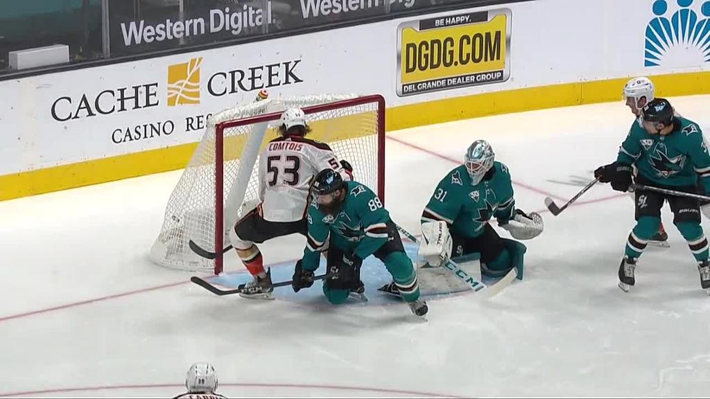 Gibson makes 34 saves for Ducks in victory against Sharks