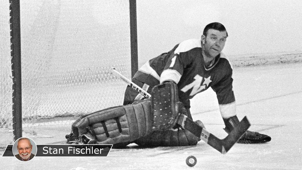 Worsley was last NHL goalie to play without mask