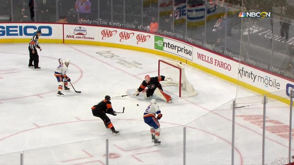 Leddy, Sorokin help Islanders defeat Flyers in OT