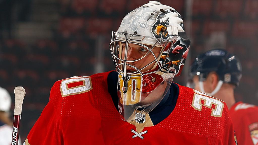 NHL Buzz: Knight makes debut for Panthers