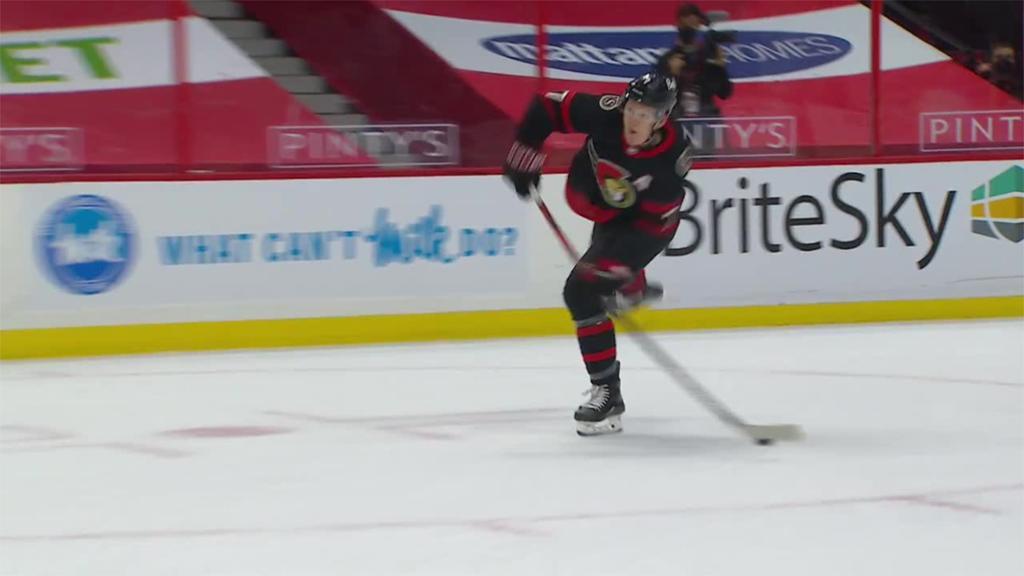 Senators score four in second period to defeat Canucks