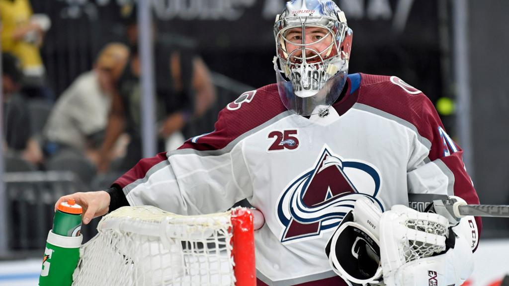 Grubauer '100 percent' wants to re-sign with Avalanche: report