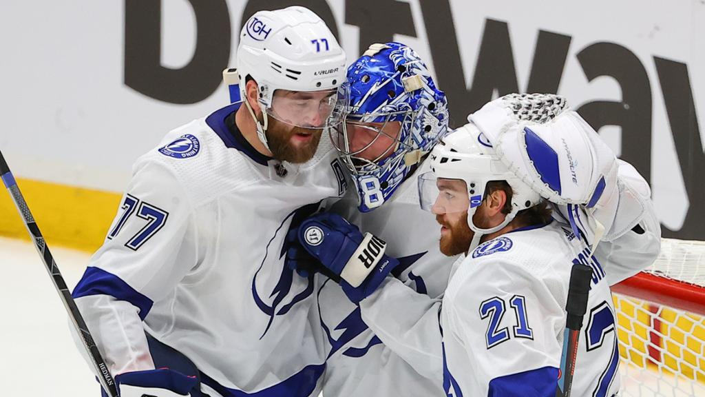 Lightning continue road success with Game 3 win