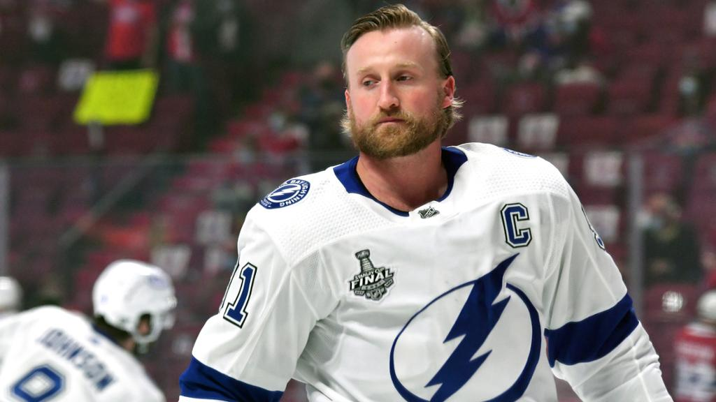 Stamkos not asked to waive no-move clause by Lightning: report