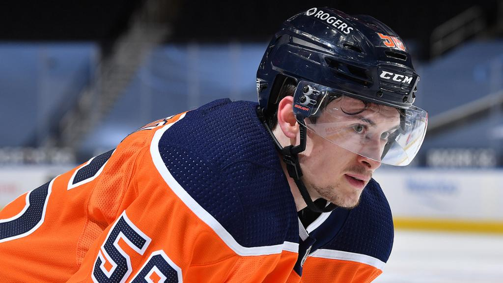 RELEASE: Oilers issue qualifying offers to four players   NHL.com