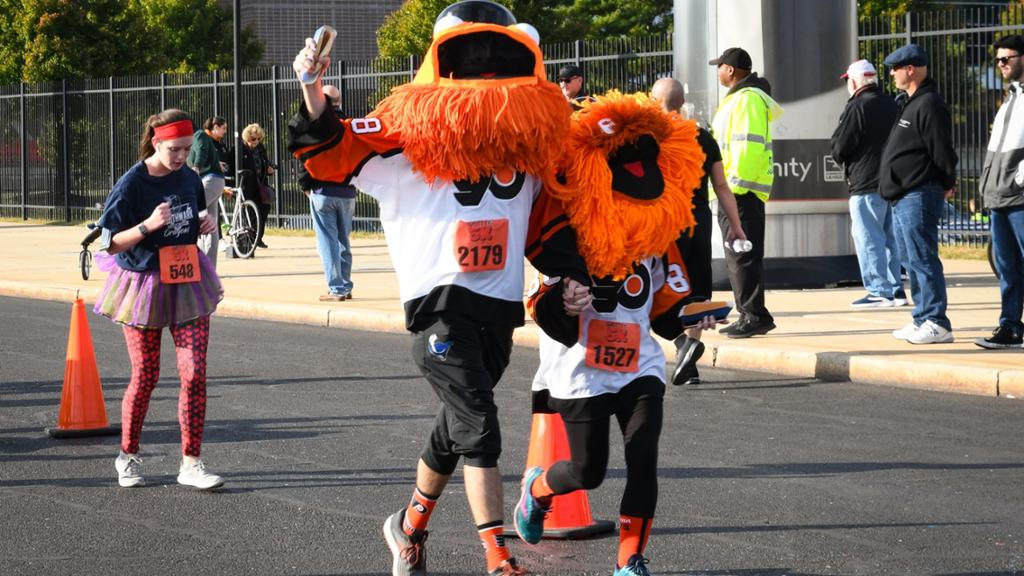 Gritty 5K to return as in-person event with Flyers mascot lookalikes