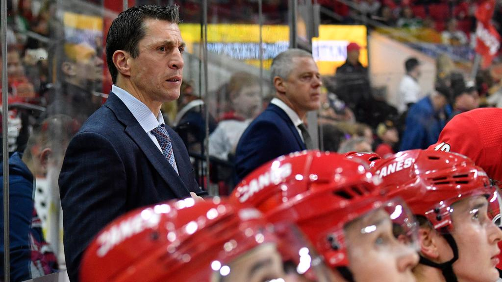 Brind'Amour facing challenge with Hurricanes this season