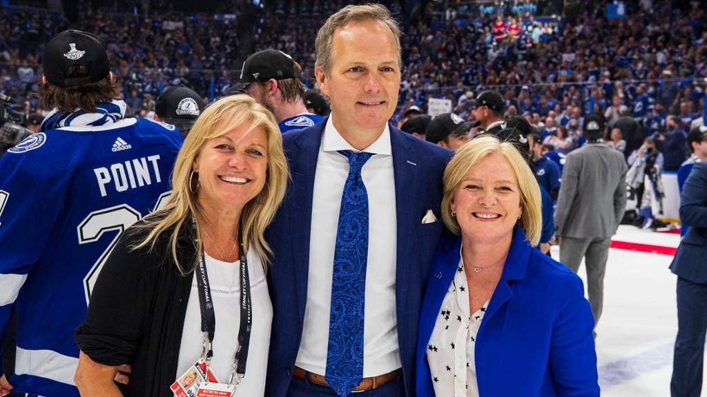 Former figure skaters finding 'surreal' success as NHL skating coaches | NHL.com