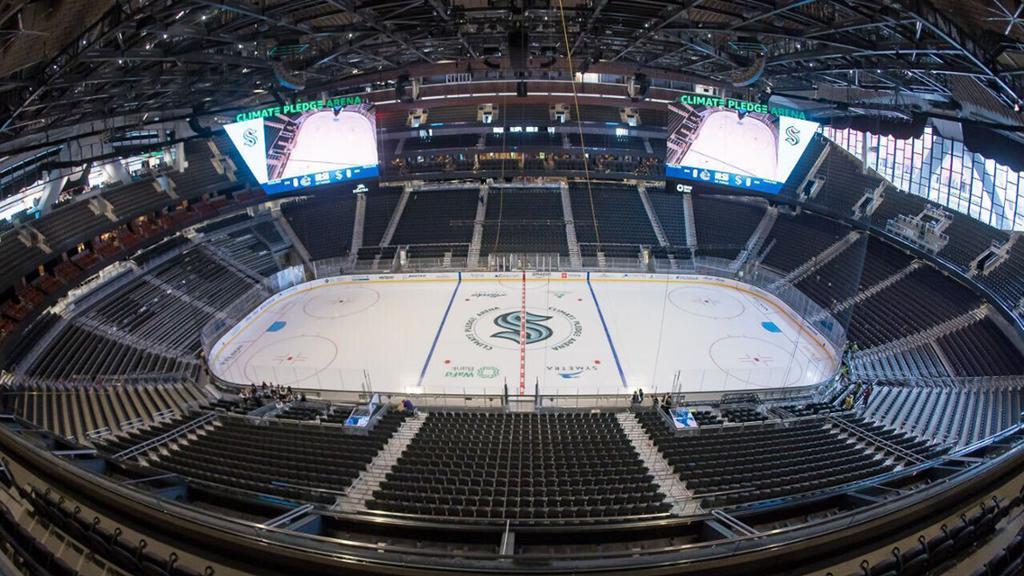 NHL On Tap: Kraken juega su primer juego en casa, presenta a Canucks